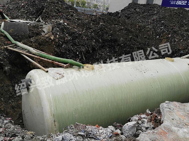 杭州宝龙城市广场场外玻璃钢化粪池